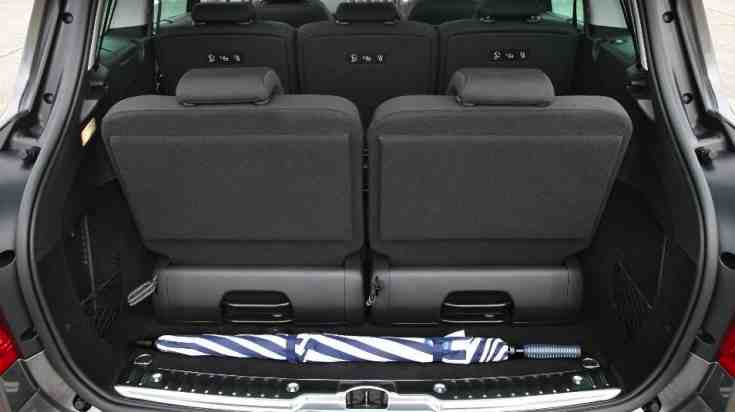 Peugeot-308 SW All seats upright