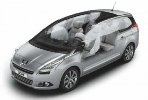 Peugeot 5008 – See Through View
